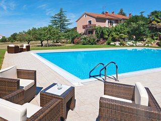 2 bedroom Apartment in Labinci, Istria, Croatia : ref 5650646