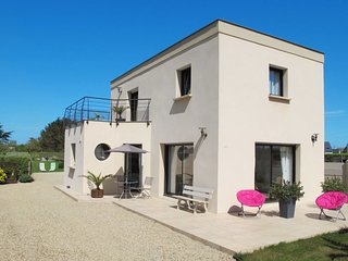 3 bedroom Villa in Keraëret, Brittany, France : ref 5649901