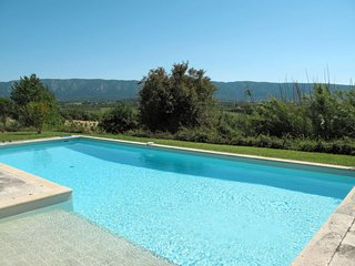 3 bedroom Apartment in Coustellet, Provence-Alpes-Cote d'Azur, France : ref 5650