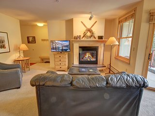 Silver Mill 8234 Spacious 1B for a Couple's Vacation By Summitcove Lodging
