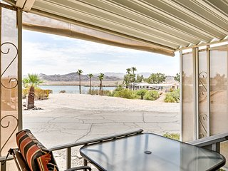 NEW! Quaint House w/ Deck - Steps to Lake Havasu!