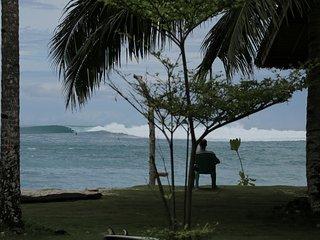 LANCES SURFCAMP KATIET MENTAWAI