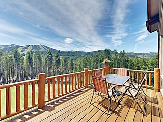 Fabulous 4BR/3.5BA Slope-Side Getaway w/ Private Hot Tub & Stunning Views