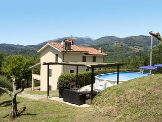 4 bedroom Villa in Castagnori, Tuscany, Italy : ref 5651061