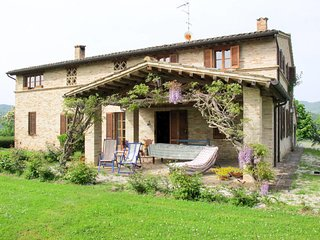 3 bedroom Villa in San Cipriano, Marche, Italy - 5651486
