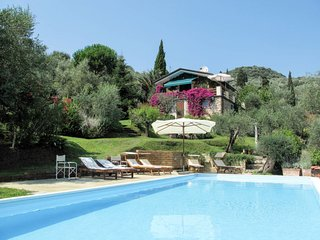 4 bedroom Villa in Stiava, Tuscany, Italy : ref 5651369