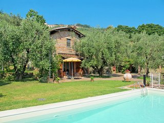 4 bedroom Villa in Saette, Tuscany, Italy : ref 5651186