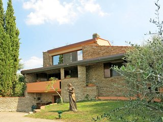 3 bedroom Apartment in Boschi, Tuscany, Italy : ref 5651505