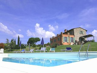 6 bedroom Villa in Pomaia, Tuscany, Italy : ref 5446469