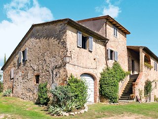 5 bedroom Villa in Pogi, Tuscany, Italy : ref 5650993