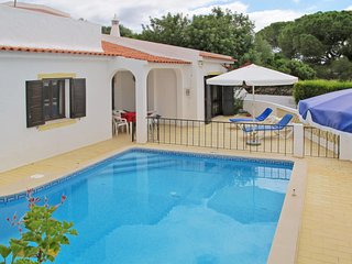 3 bedroom Villa in Vale da Ursa, Faro, Portugal : ref 5651748
