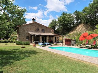 5 bedroom Villa in Misciano, Tuscany, Italy : ref 5650985