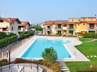 2 bedroom Apartment in Mondragon di Sotto, Veneto, Italy : ref 5651501