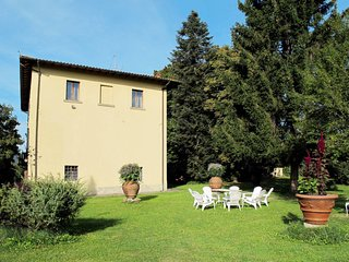 5 bedroom Apartment in Agna, Tuscany, Italy : ref 5651393
