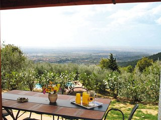 2 bedroom Villa in Mortelle, Tuscany, Italy : ref 5651075