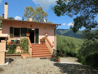 3 bedroom Villa in Pieve Santo Stefano, Tuscany, Italy : ref 5651439