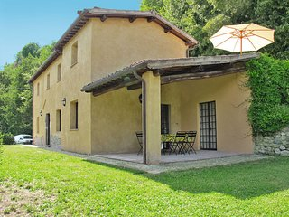 3 bedroom Villa in Sermugnano, Latium, Italy : ref 5651463