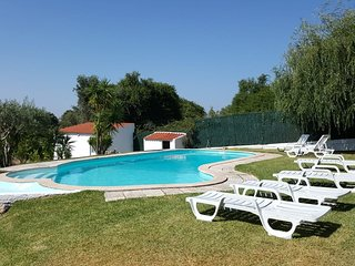 Lovely Farm with Pool 20min Lisbon and beaches (Lower Floor)