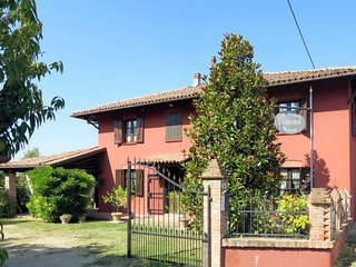 4 bedroom Villa in Noche, Piedmont, Italy : ref 5651495