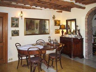3 bedroom Apartment in Santa Maria del Giudice, Tuscany, Italy : ref 5651131
