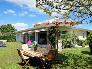3 bedroom Villa in Ares, Nouvelle-Aquitaine, France : ref 5650864