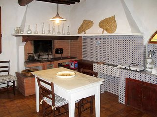 4 bedroom Villa in Colognole, Tuscany, Italy : ref 5651490