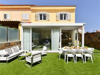 4 bedroom Villa in Sonnenland, Canary Islands, Spain : ref 5633289