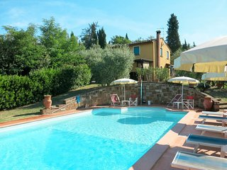 3 bedroom Villa in Collelungo, Tuscany, Italy : ref 5651379