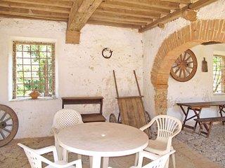 4 bedroom Apartment in Ferratore, Tuscany, Italy : ref 5650951