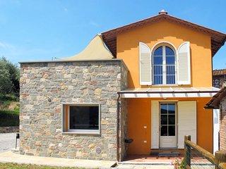 2 bedroom Villa in Villa Valenti, Tuscany, Italy : ref 5651427