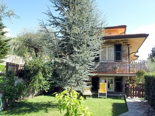 3 bedroom Apartment in Miglianello, Tuscany, Italy : ref 5651174