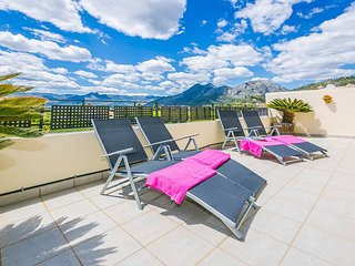 SUPERB Costa Blanca 5 Bedroom Pool Home Set Amongst Orange Trees and Mountains.