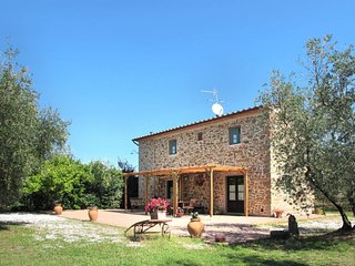 2 bedroom Villa in San Marcello Pistoiese, Tuscany, Italy : ref 5650970