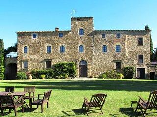 10 bedroom Villa in La Chiassa, Tuscany, Italy : ref 5651270