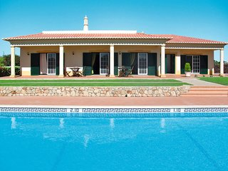 3 bedroom Villa in Benagil, Faro, Portugal : ref 5651750
