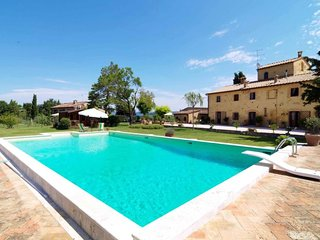 2 bedroom Apartment in Montefalconi, Tuscany, Italy : ref 5650936