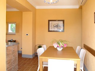 3 bedroom Apartment in Stabbiano di Sotto, Tuscany, Italy : ref 5651362