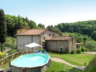 3 bedroom Villa in Stabbiano di Sotto, Tuscany, Italy : ref 5651362