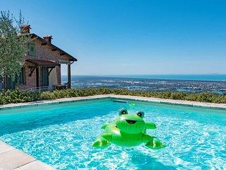 3 bedroom Villa in Casesi, Tuscany, Italy : ref 5651368