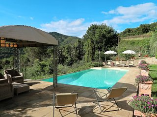 3 bedroom Villa in Mammi, Tuscany, Italy : ref 5651165