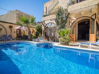 Luxury Farmhouse with Large Private Pool in Gozo