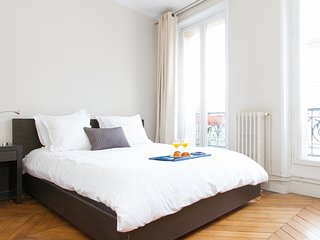 27. HEART OF LE MARAIS - LOVELY 2BR WITH PARISIAN CHARM