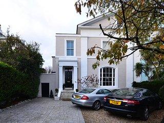 Luxurious 2-bedroom flat in Blackheath, London SE3