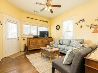 NEW LISTING! Dog-friendly house with free WiFi and kitchen w/ pass-through bar!