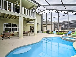 Family Home w/Pool & Patio -15 Mins to Disney