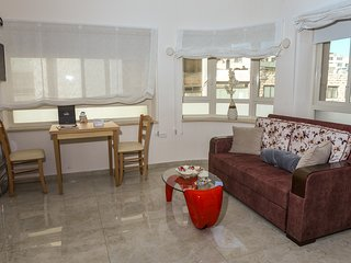 Mamilla Boutique Apartments- Panorama Unit