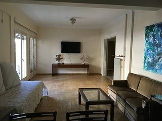 Apartment 109 m from the center of Athens with Internet, Air conditioning, Lift,