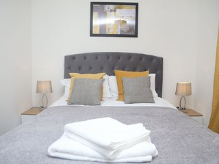 Hiikots Homes - 2 Bed Purfleet Suite