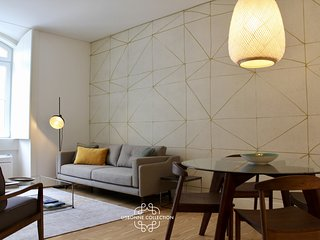 Baixa Cozy 65 by Lisbonne Collection