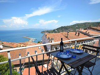 Your Seaside Nest in Tuscany